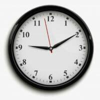 reloj-oficina-pared-agujas-negras-rojas-esfera-blanca_1284-8992